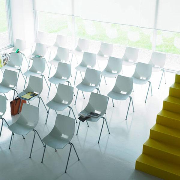 Mobiliario para colectivos