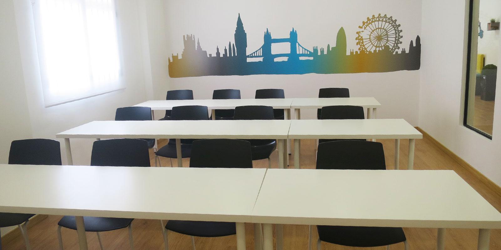 Reforma-y-Amueblamiento-centro-de-estudios-Enjoy-English-Academy-Slider-bajo 1